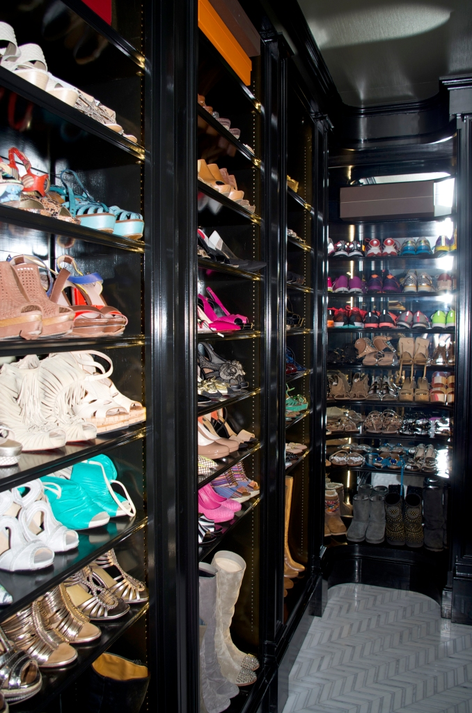 shoe closet angle
